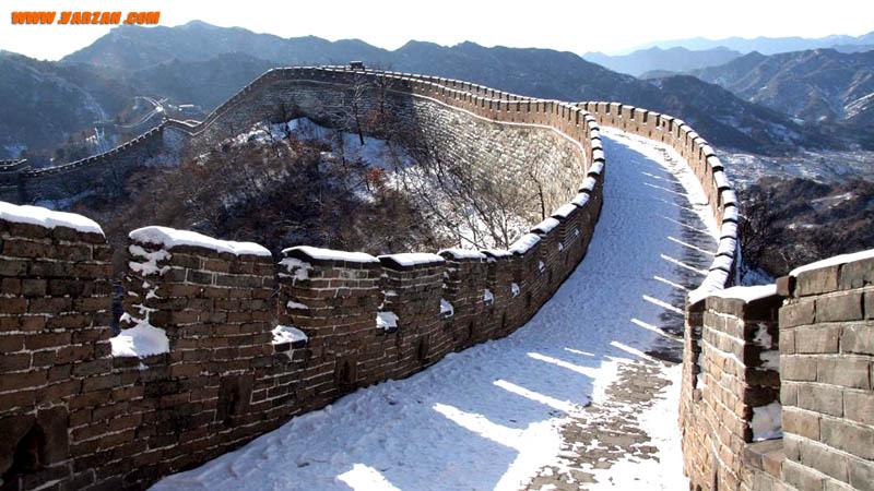 نمایی از دیوار بزرگ چین در زمستان