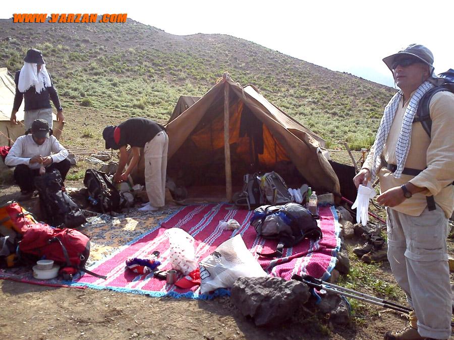 گوسفندسرای نوئه در مسیر قله ی هفت خوانی