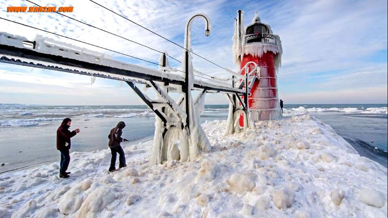 فانوس دریایی میشیگان، South Haven در زمستان، 7 ژانویه 2015