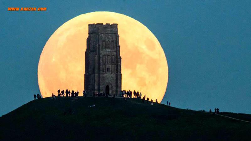 """ماه بزرگ از پشت """"گلستونبری تور"""""""